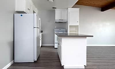 Kitchen, 22555 Linden St, 1
