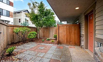 Patio / Deck, 4529 40th Ave SW, 1