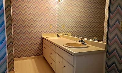Bathroom, 104 Green Ash Ct, 2
