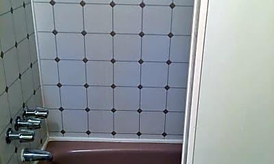 Bathroom, 809 4th St NE, 2