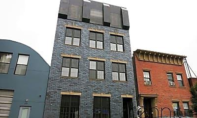 Building, 259 Boerum St, 2