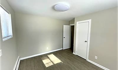 Bedroom, 1200 E Seneca Ave, 2