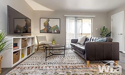 Living Room, 1525 E Palm Valley Blvd, 0