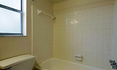 Bathroom, Rio Vista Village, 2