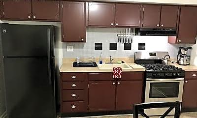 Kitchen, 4603 Enfield Ave, 1