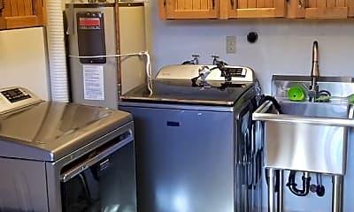 Kitchen, 101 Montgomery Court (First Floor Apt Only), 2