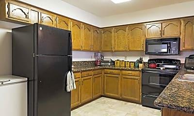 Kitchen, Chapel Oaks Townhomes, 1