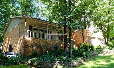 Building, 11313 Mountain Crest Dr SE, 1