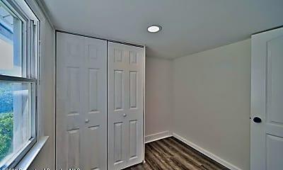 Bedroom, 1716 Wayne Ave, 2