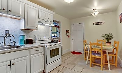 Kitchen, 266 Philadelphia Ave, 1