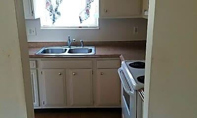 Kitchen, 120 Riverside Ct, 2