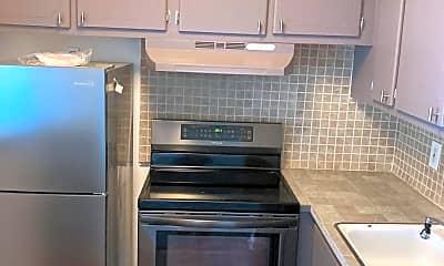 Kitchen, 63 Easthampton C, 2