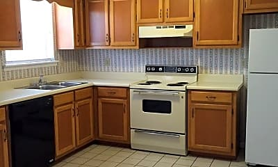 Kitchen, 411 Leafmore Rd SW, 1
