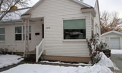Building, 2850 Dearborn St, 1