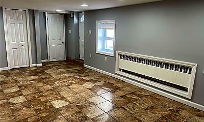 Living Room, 444 E Hudson St LOWER, 1