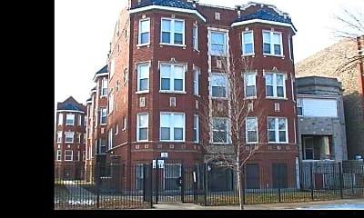 5011 W Maypole Avenue, 0
