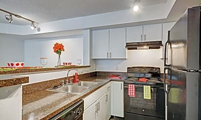 Kitchen, Lakes at Deerfield, 2