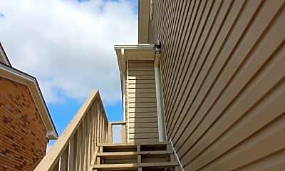 Building, 1311 Glen Oaks Ct, 1