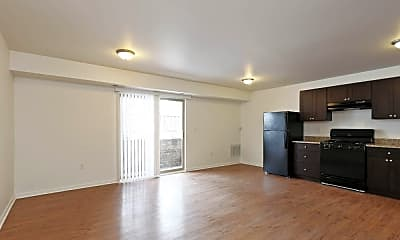 Living Room, 3900 Gwynn Oak Ave, 1
