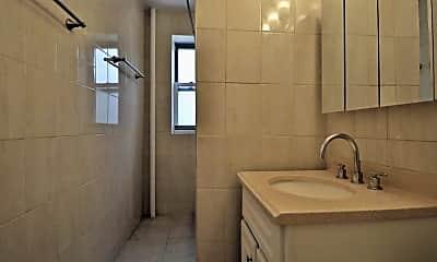Bathroom, 305 W 52nd St, 1