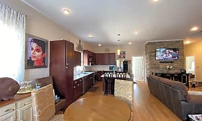 Dining Room, 207 N Dorset Ave, 1