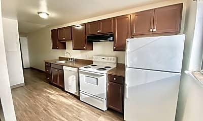 Kitchen, 2905 Glendale Dr, 0