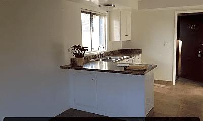 Kitchen, 785 Amigos Way, 1