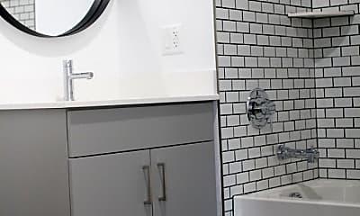 Bathroom, 270 Orange St, 1