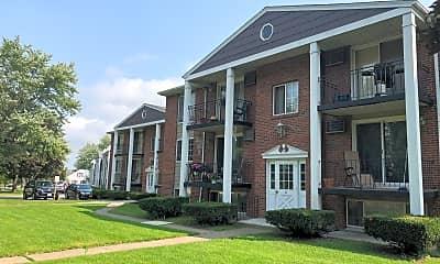 Colonial Village Apartments, 0