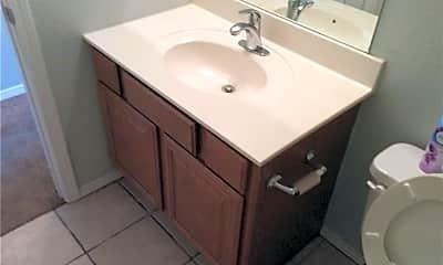 Bathroom, 521 Spicewood Trail, 1