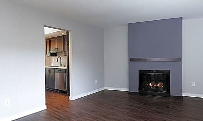 Living Room, Luxe 1801, 2