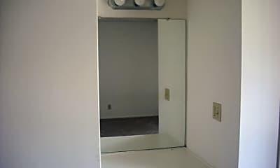 Bathroom, 2586 Sextant Ave, 2