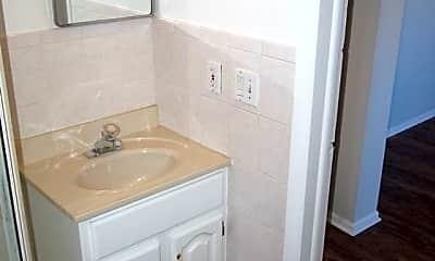 Bathroom, 1010 W. Stanford Dr, 2