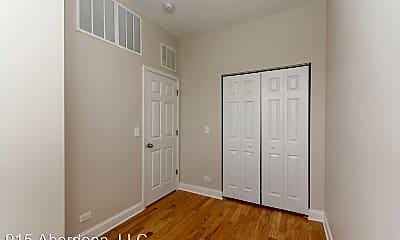 Bedroom, 915 S Aberdeen St, 2