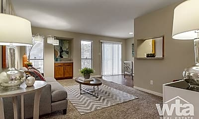 Living Room, 744 W William Cannon Dr, 1