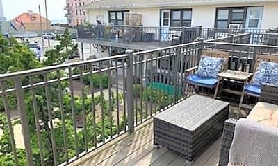 Patio / Deck, 65 W Broadway 7B, 1