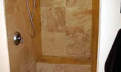 Bathroom, 545 Queen St 243, 2