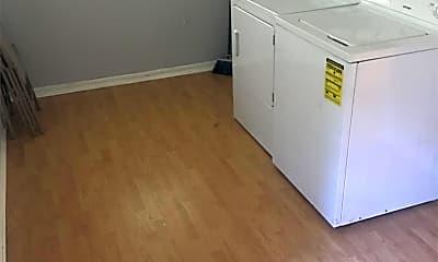 Kitchen, 5074 US-167, 2