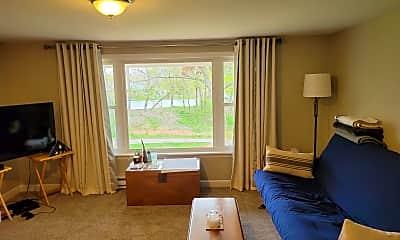 Living Room, 6 Howland St, 2