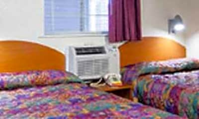 Model, InTown Suites - Newport News North (ZNV), 2