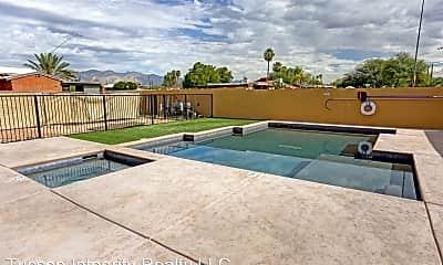 Pool, 774 E Seneca St, 1