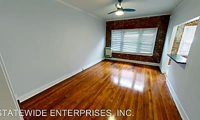 Living Room, 205 N Kenmore Ave, 1