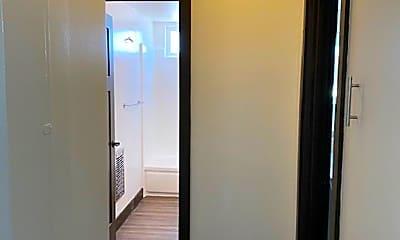 Bathroom, 6130 Reseda Blvd, 2