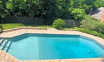 Pool, 220 Maple St, 1