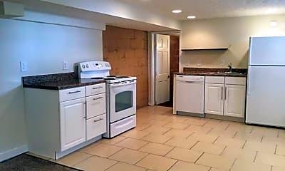 Kitchen, 16 E Tulane Rd, 1