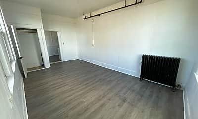 Living Room, 907 Main St, 1