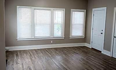 Living Room, 32 Strohm St, 2