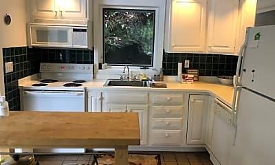 Kitchen, 71 Westwood Rd, 1