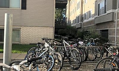 Cedar Greens Apartments, 2