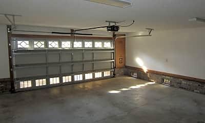 Living Room, 900 Nautillus Ct, 2